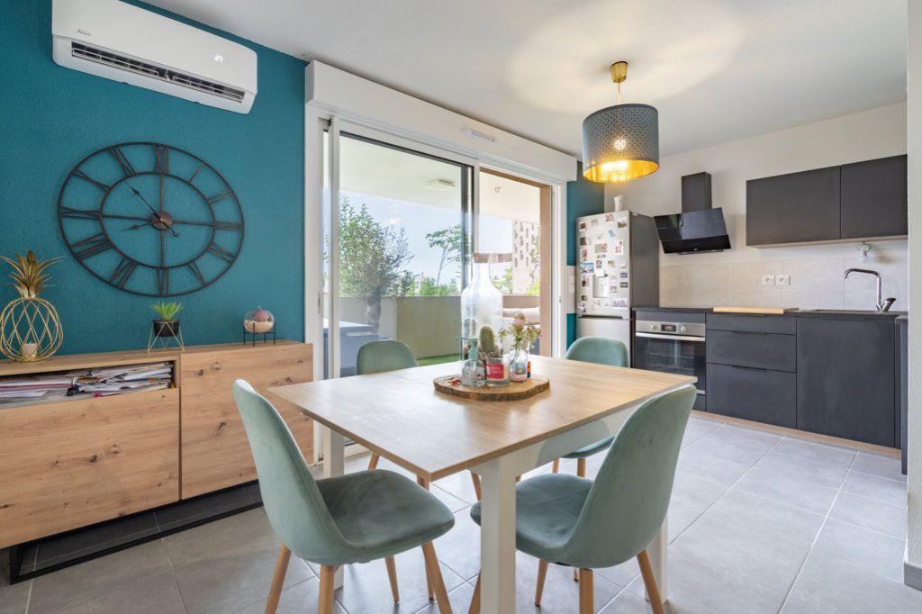 Appartement à vendre 3 61.2m2 à Frontignan vignette-3