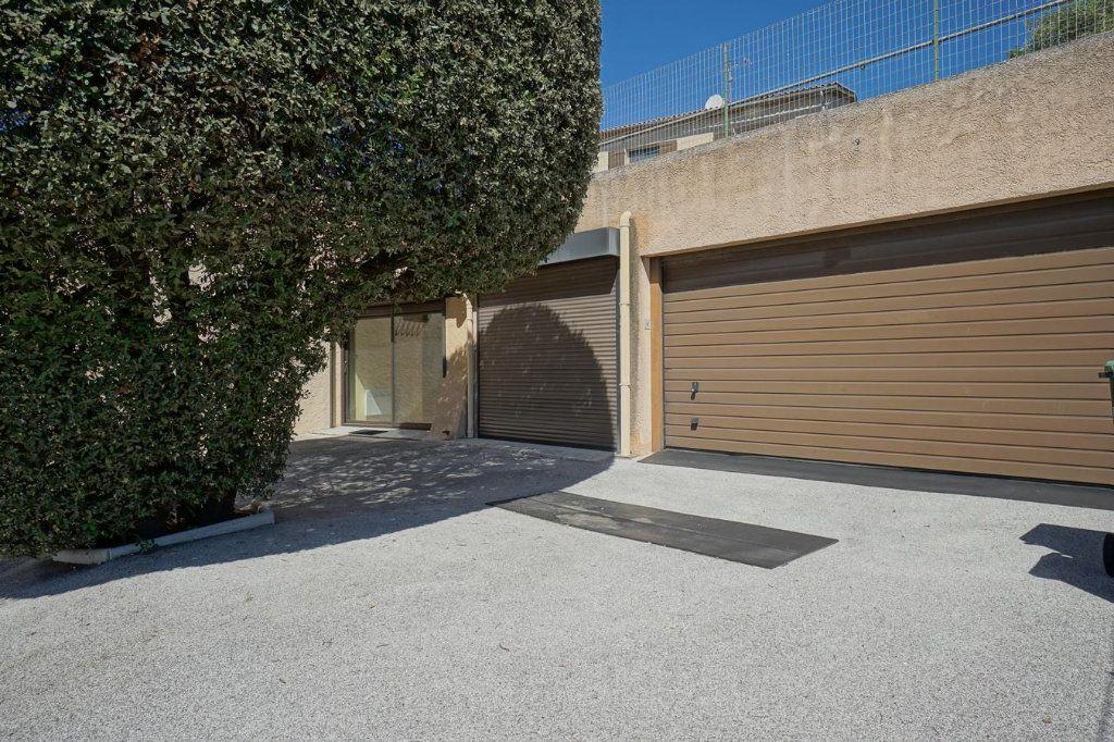 Maison à vendre 7 176m2 à La Crau vignette-10