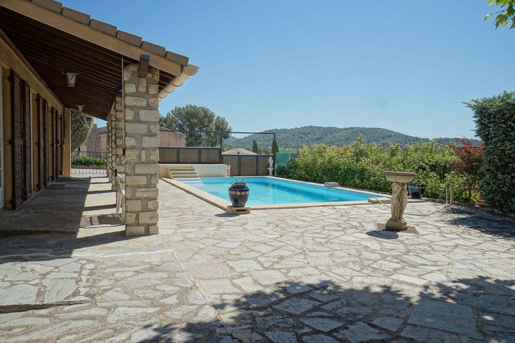 Maison à vendre 7 176m2 à La Crau vignette-14