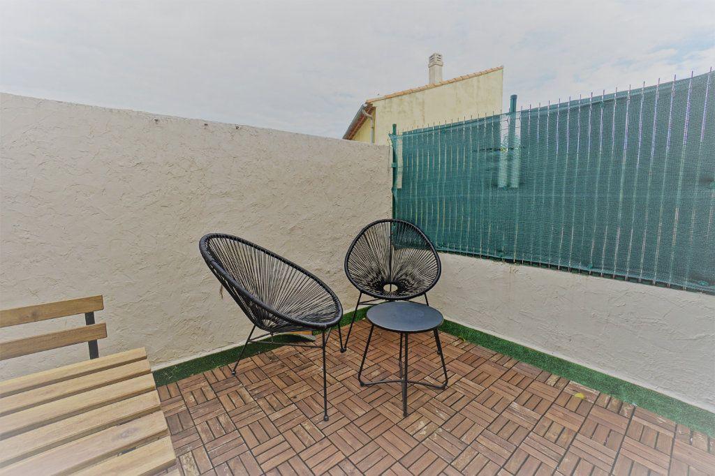 Appartement à vendre 3 48m2 à La Crau vignette-1