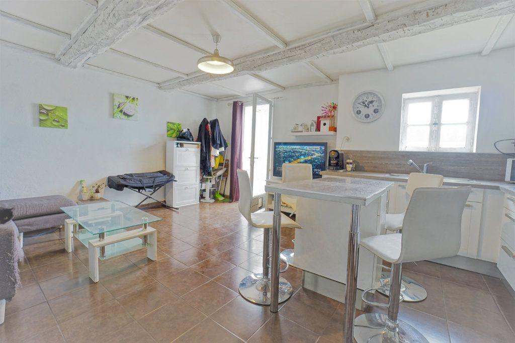 Appartement à vendre 3 48m2 à La Crau vignette-3
