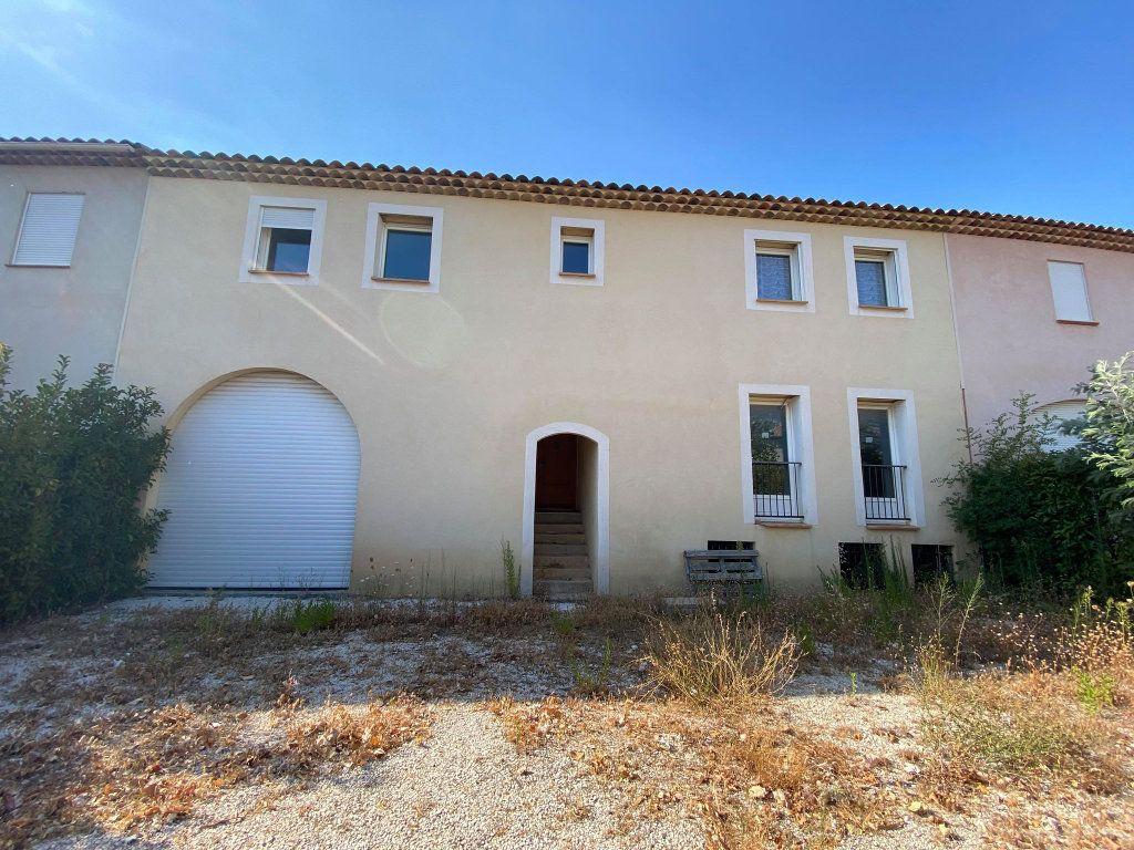 Maison à vendre 7 208m2 à La Londe-les-Maures vignette-1