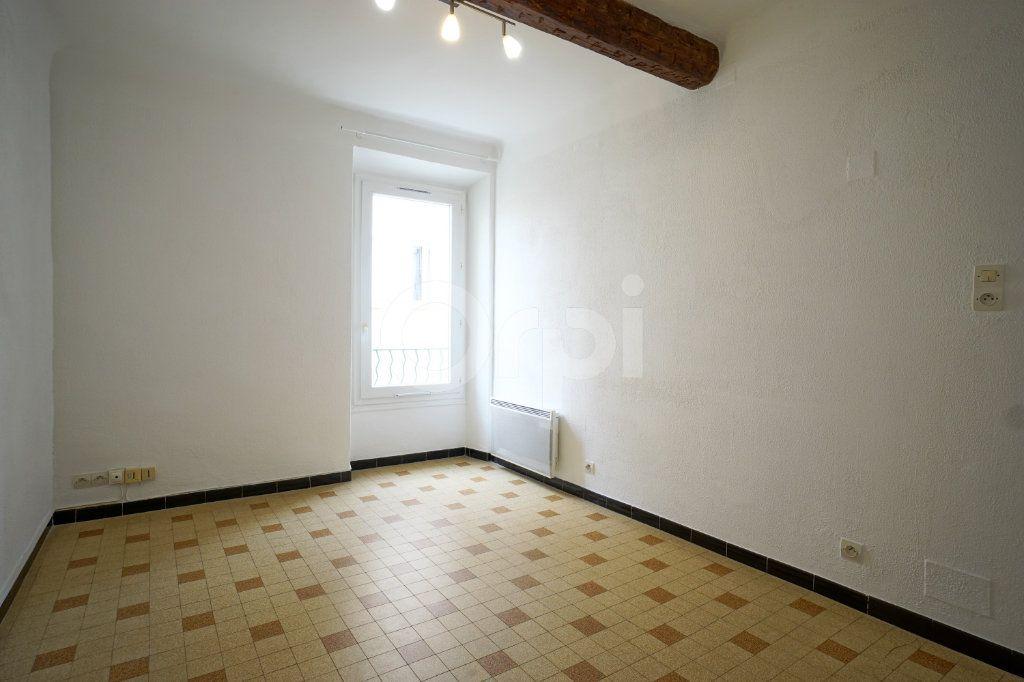 Appartement à vendre 2 30m2 à Hyères vignette-1