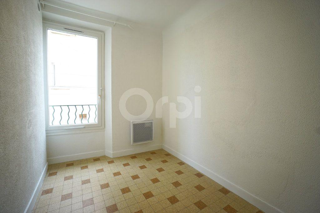 Appartement à vendre 2 30m2 à Hyères vignette-2