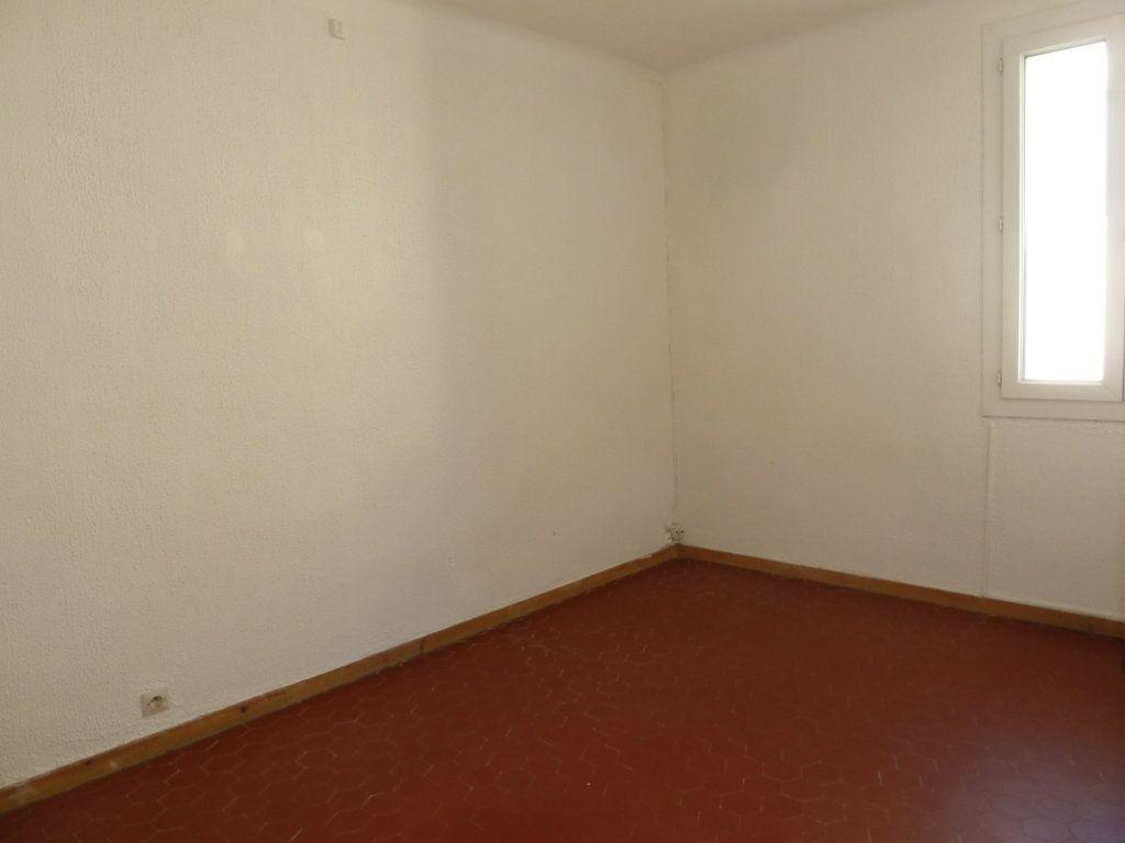 Appartement à louer 2 29.31m2 à Hyères vignette-5