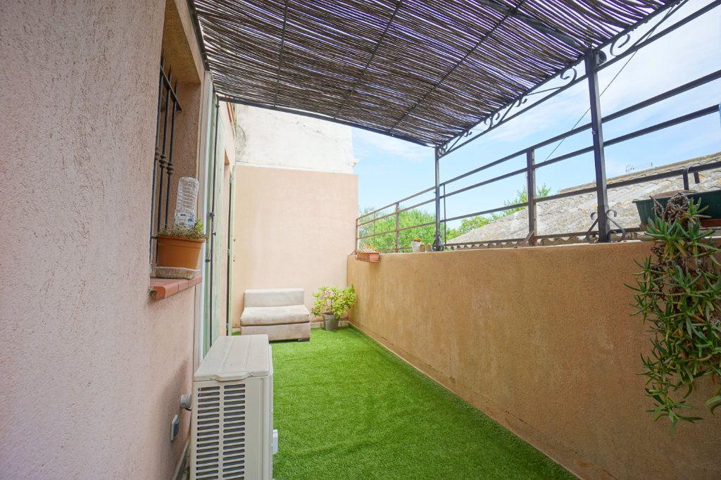 Appartement à vendre 2 38m2 à La Crau vignette-2