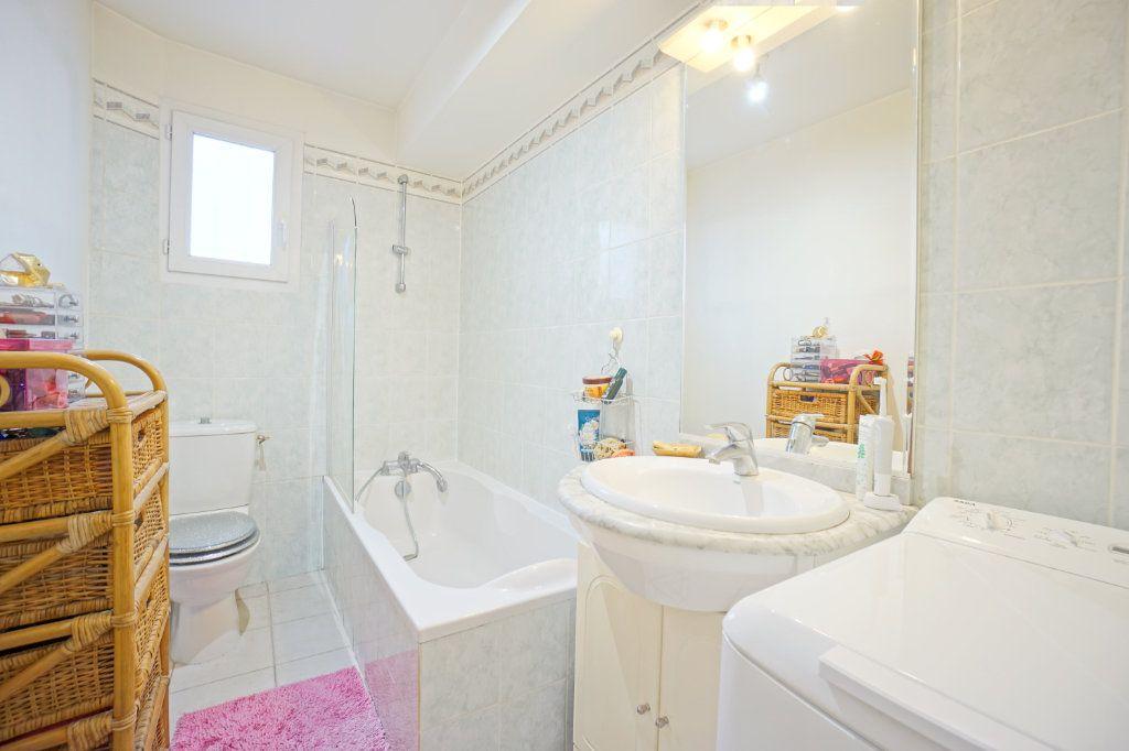 Appartement à vendre 2 38m2 à La Crau vignette-7