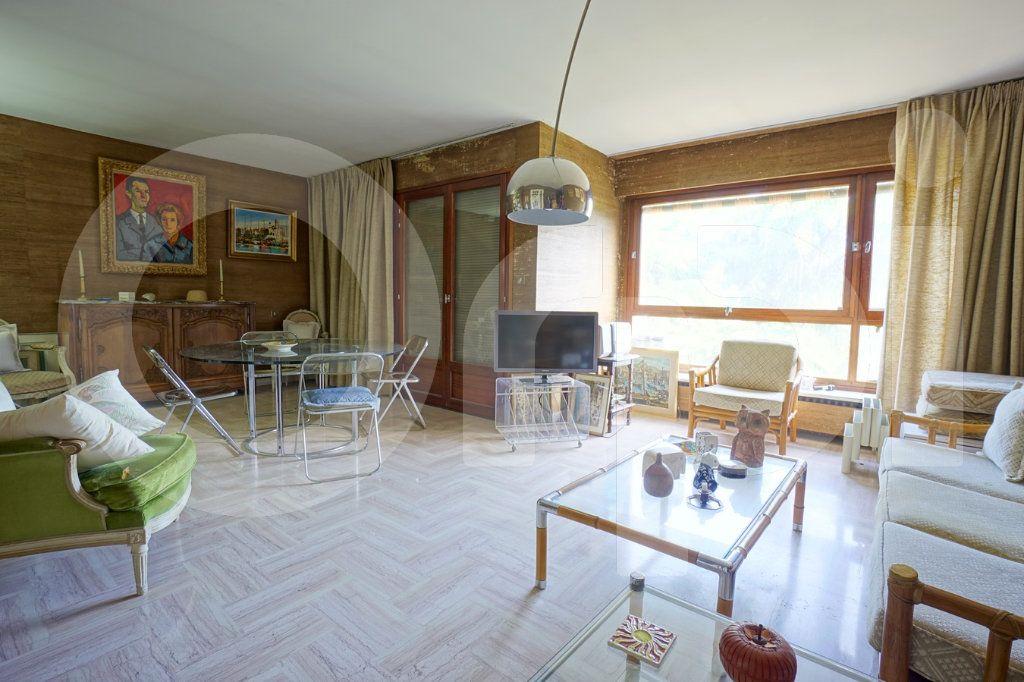 Appartement à vendre 5 162m2 à Hyères vignette-3
