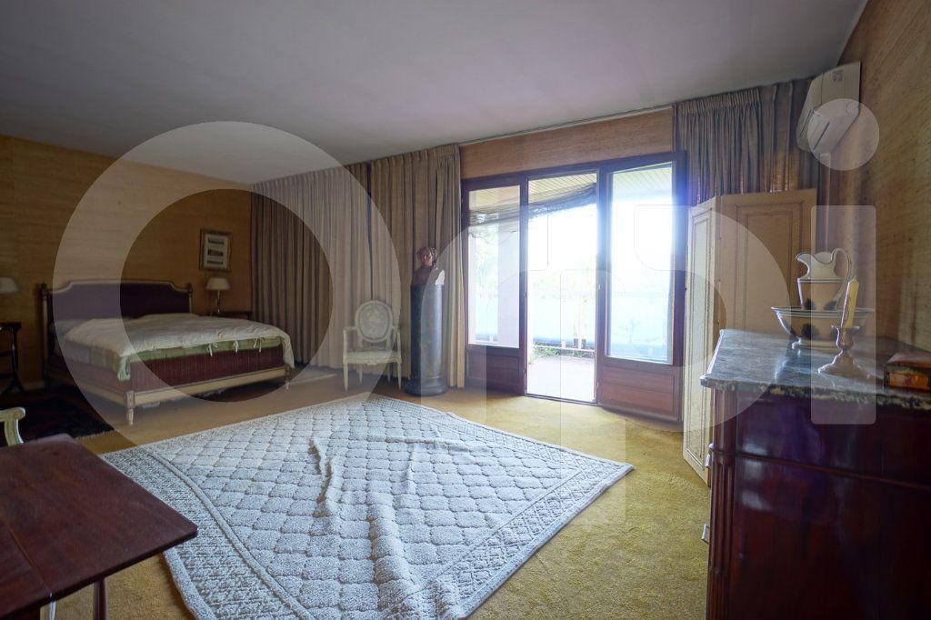 Appartement à vendre 5 162m2 à Hyères vignette-8