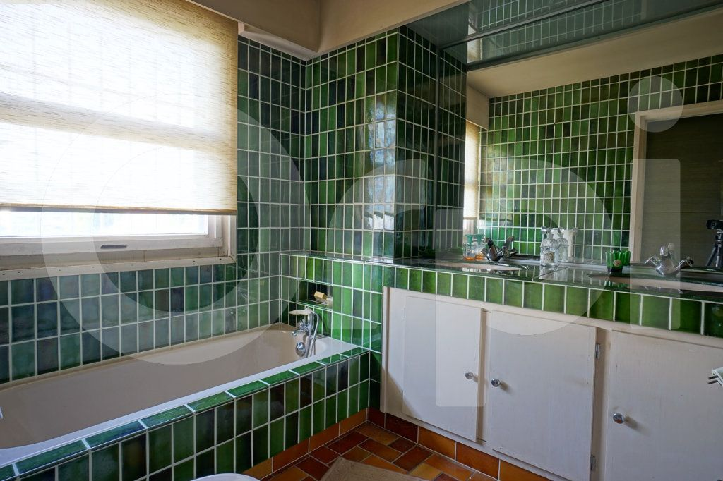 Appartement à vendre 5 162m2 à Hyères vignette-9