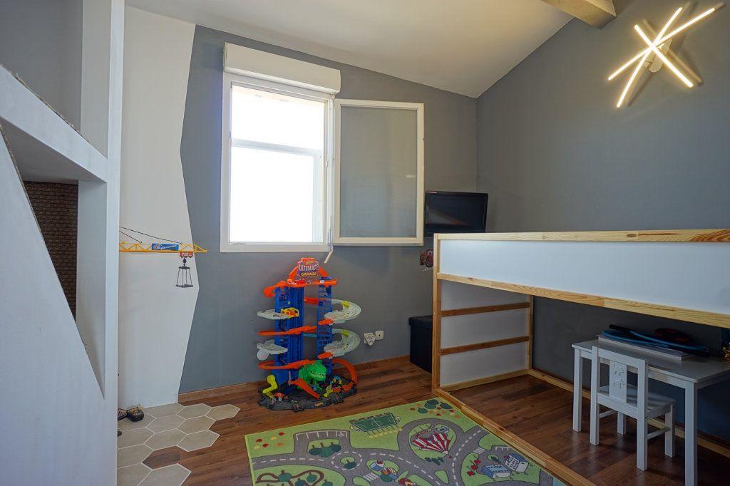 Appartement à vendre 3 56.52m2 à La Crau vignette-5