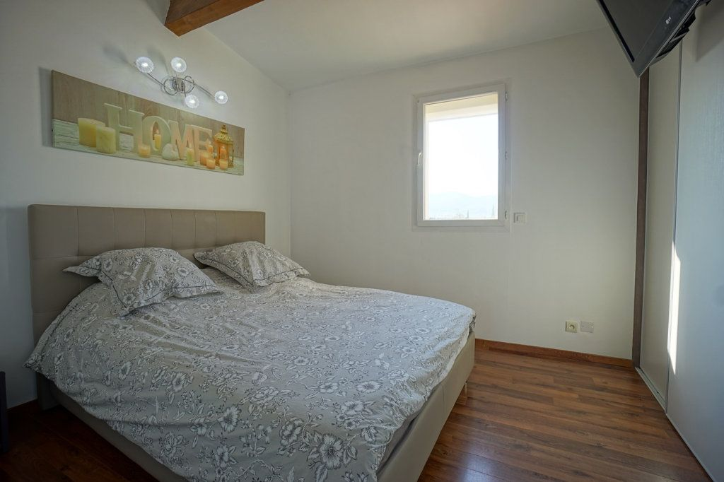 Appartement à vendre 3 56.52m2 à La Crau vignette-7