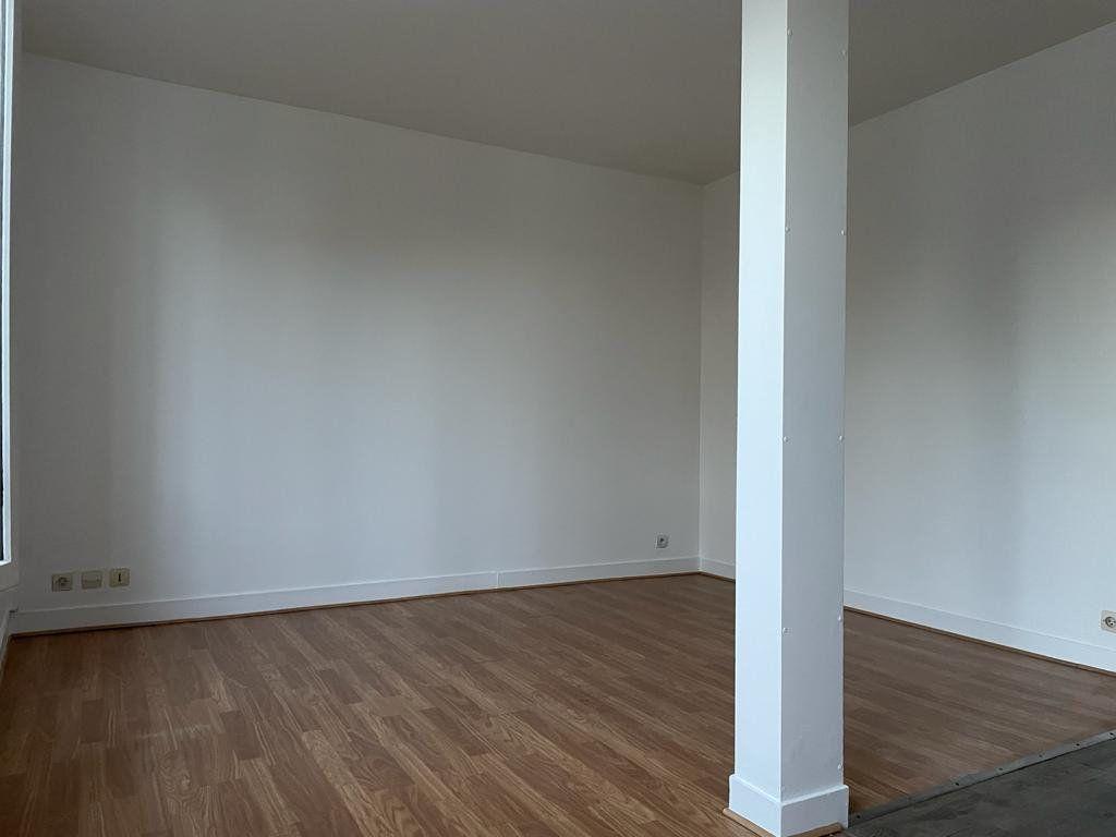 Appartement à louer 1 21.46m2 à Le Perreux-sur-Marne vignette-3