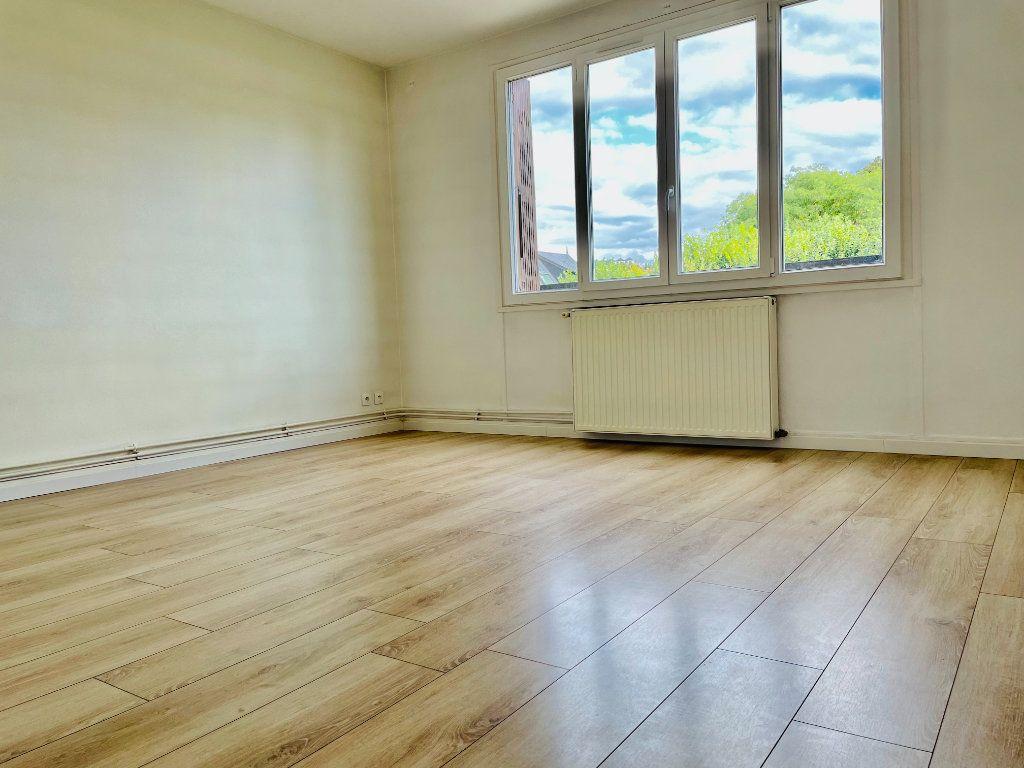 Appartement à louer 2 52.02m2 à Le Perreux-sur-Marne vignette-1