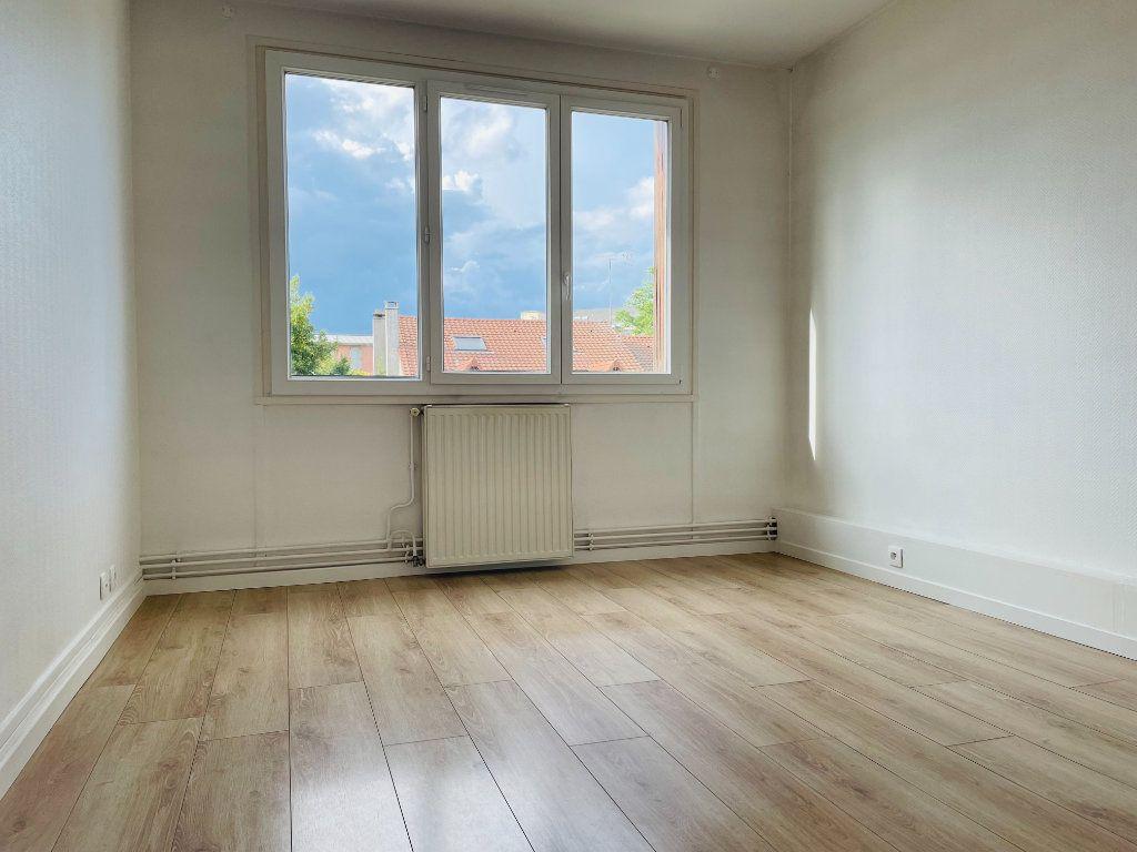 Appartement à louer 2 52.02m2 à Le Perreux-sur-Marne vignette-2