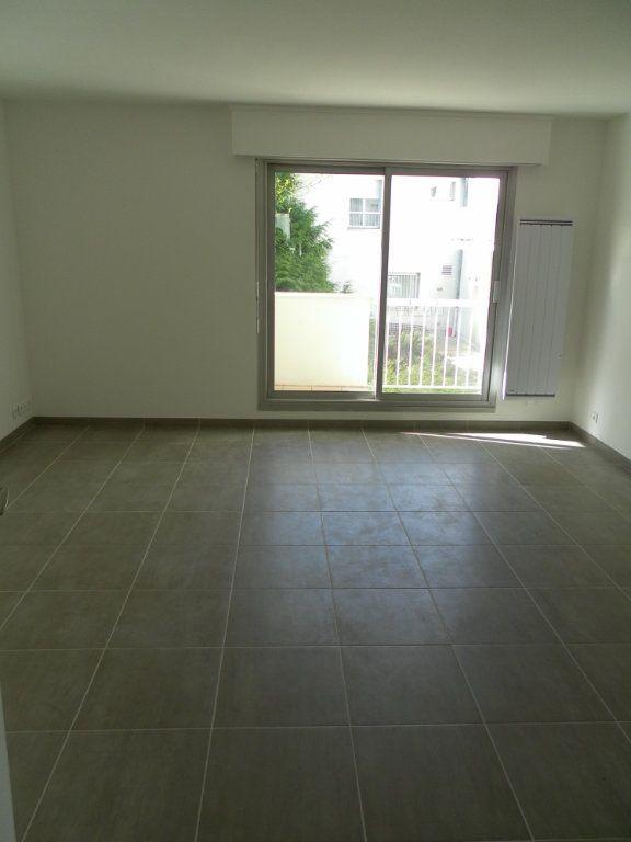 Appartement à louer 2 36.23m2 à Bry-sur-Marne vignette-2