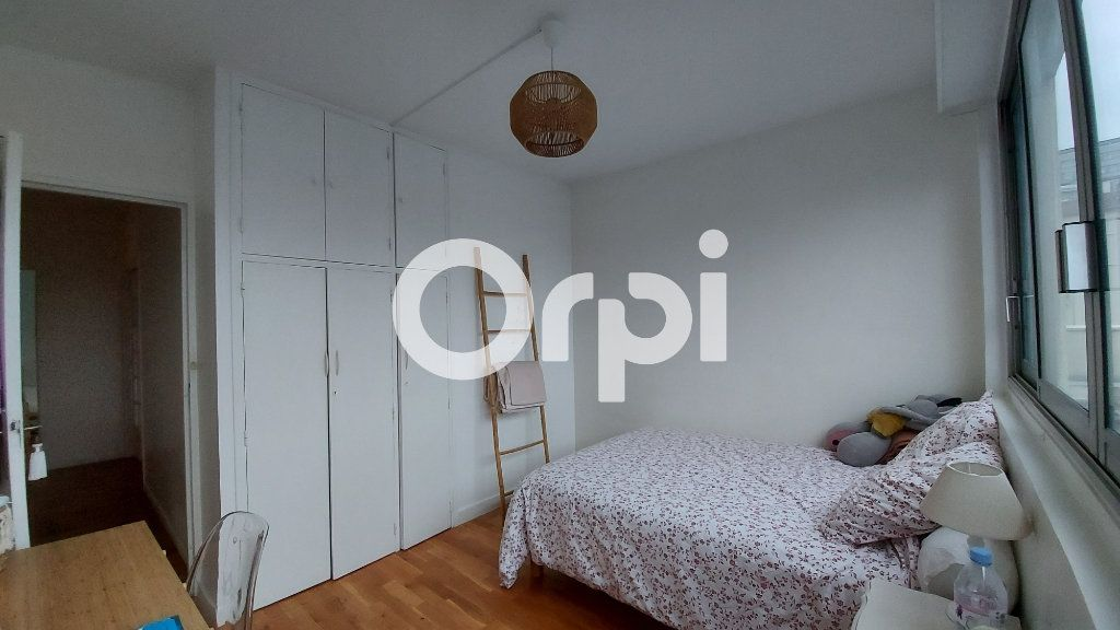 Appartement à louer 5 88.29m2 à Sèvres vignette-8