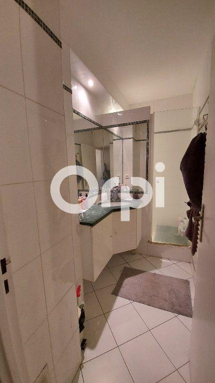 Appartement à louer 5 88.29m2 à Sèvres vignette-9