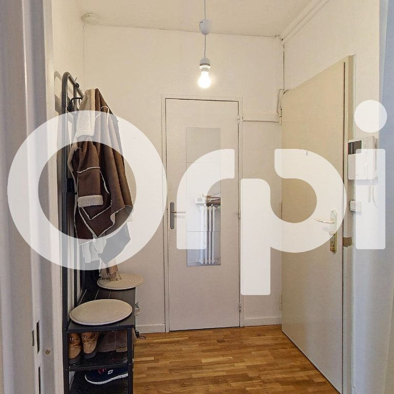 Appartement à louer 5 88.29m2 à Sèvres vignette-11