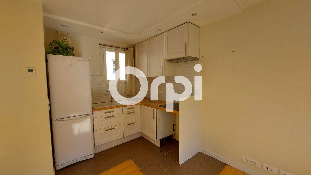 Appartement à louer 3 46.16m2 à Sèvres vignette-2