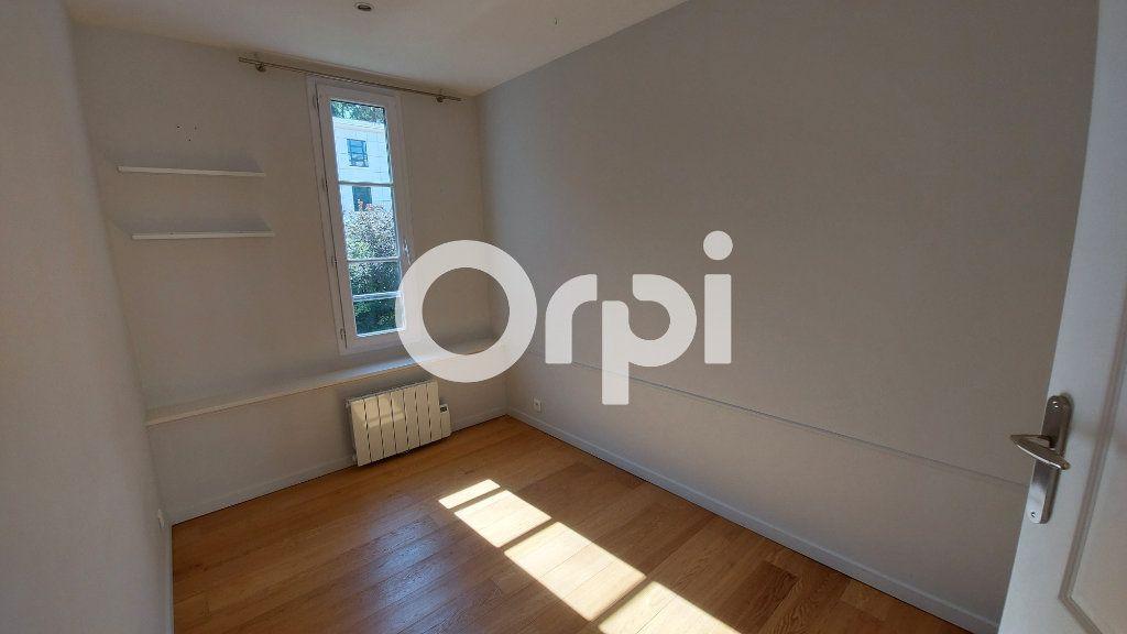 Appartement à louer 3 46.16m2 à Sèvres vignette-4