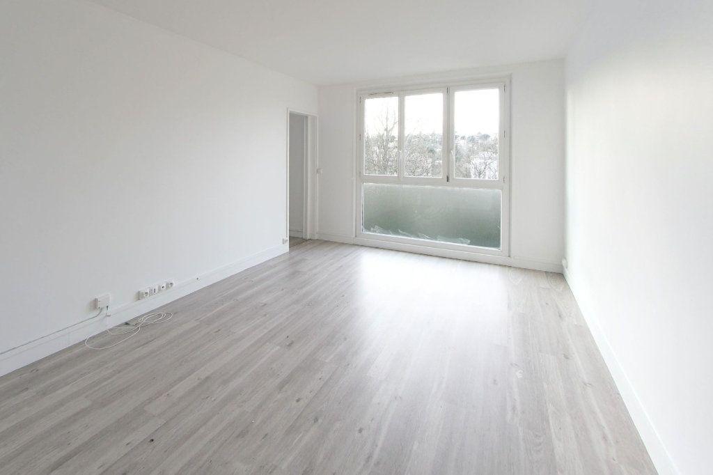 Appartement à louer 3 49.28m2 à Sèvres vignette-1