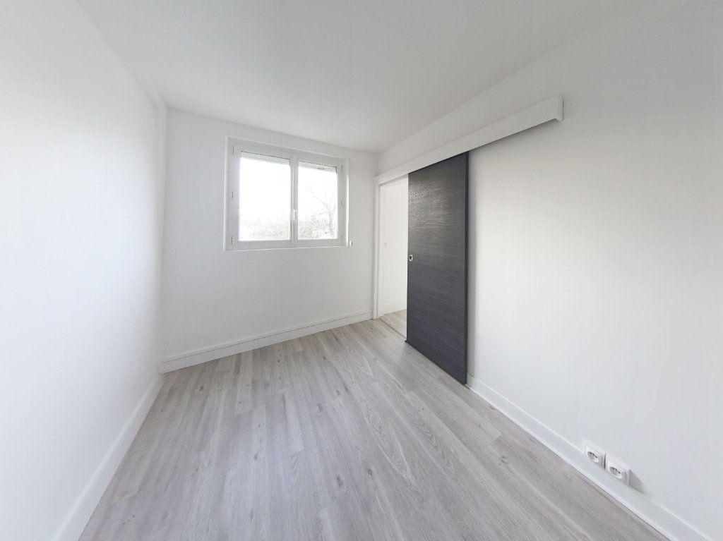 Appartement à louer 3 49.28m2 à Sèvres vignette-3