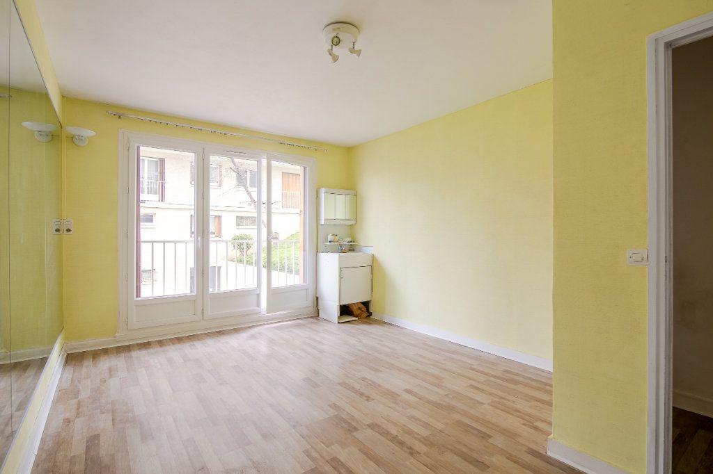 Appartement à vendre 4 81.52m2 à Sèvres vignette-3