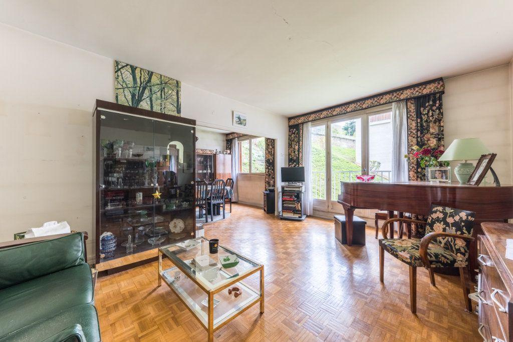 Appartement à vendre 4 109.65m2 à Sèvres vignette-2
