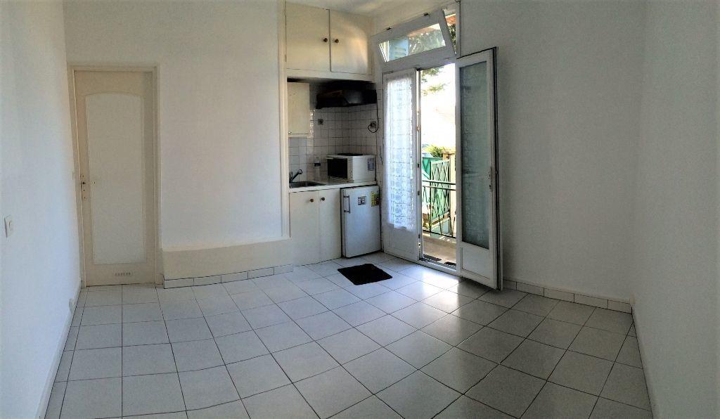 Appartement à louer 1 15.83m2 à Palaiseau vignette-2