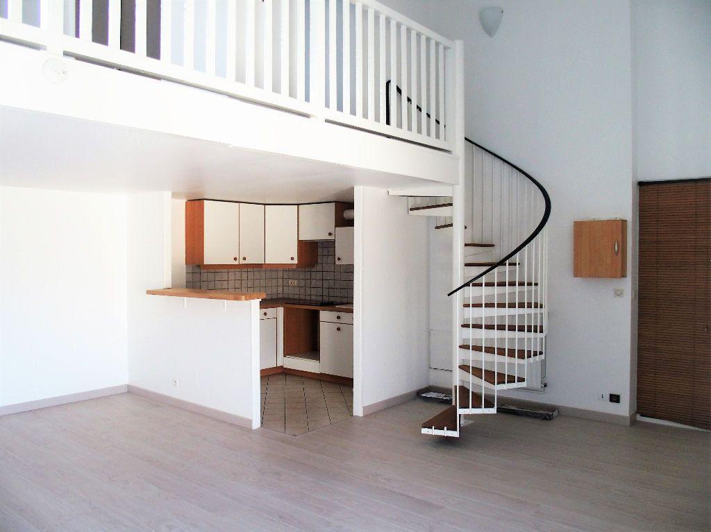 Appartement à louer 2 50m2 à Les Ulis vignette-3
