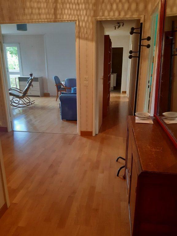 Appartement à louer 1 11.05m2 à Les Ulis vignette-4