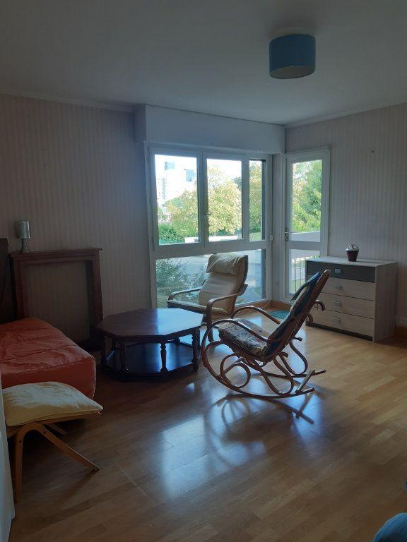 Appartement à louer 1 11.05m2 à Les Ulis vignette-8
