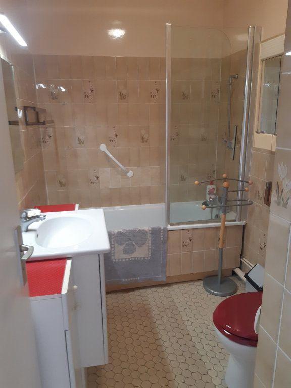 Appartement à louer 1 11.05m2 à Les Ulis vignette-12