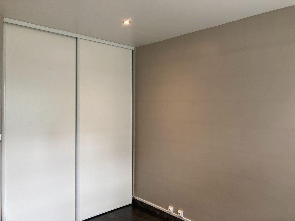 Appartement à louer 3 65.89m2 à Les Ulis vignette-8
