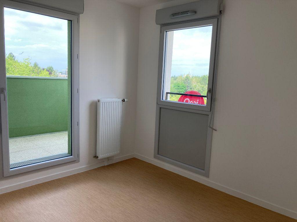 Appartement à louer 3 63.45m2 à Les Ulis vignette-3