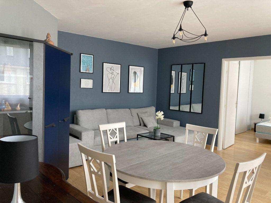Appartement à louer 2 51.86m2 à Palaiseau vignette-1