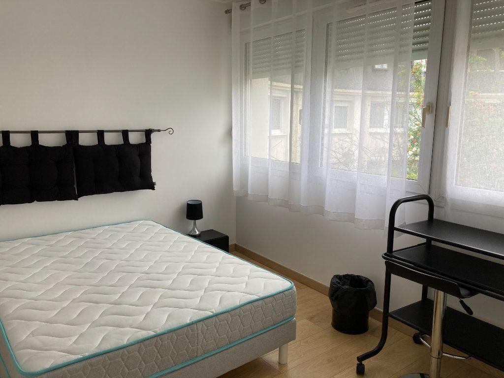 Appartement à louer 2 51.86m2 à Palaiseau vignette-6
