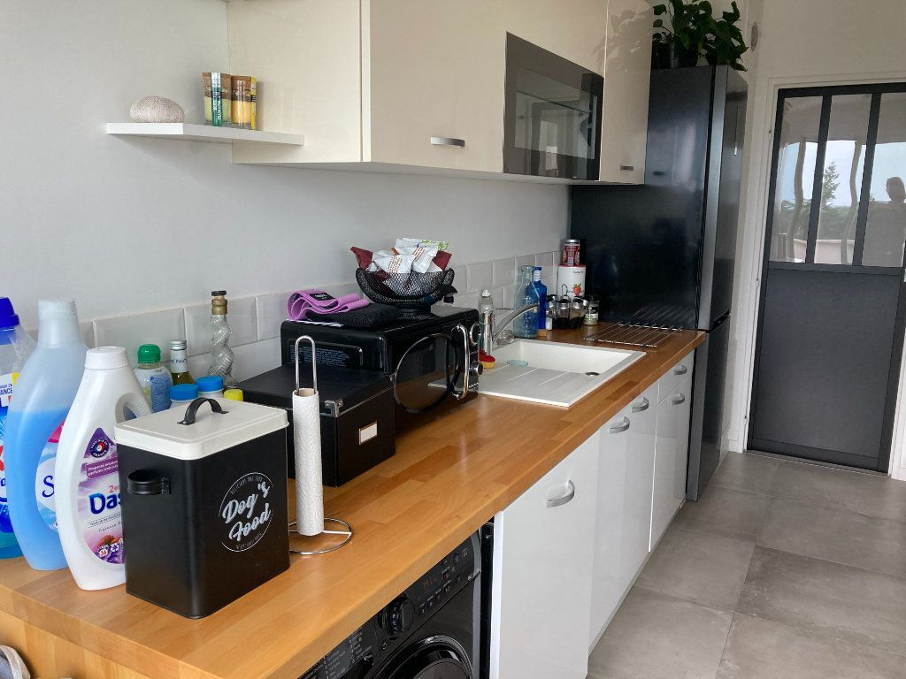 Appartement à louer 2 55.02m2 à Les Ulis vignette-7