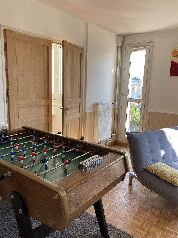 Appartement à louer 1 9m2 à Les Ulis vignette-4