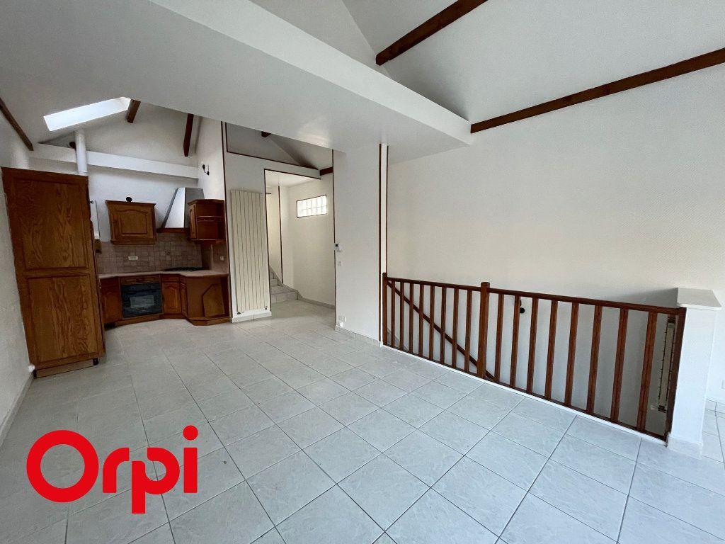 Appartement à louer 3 67.13m2 à Massy vignette-1