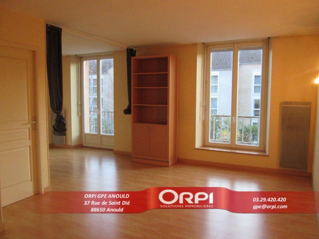 Appartement à louer 1 37m2 à Saint-Dié-des-Vosges vignette-1