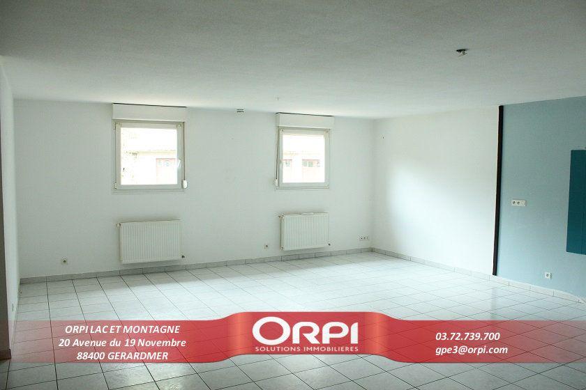 Appartement à vendre 3 78.08m2 à Gérardmer vignette-1