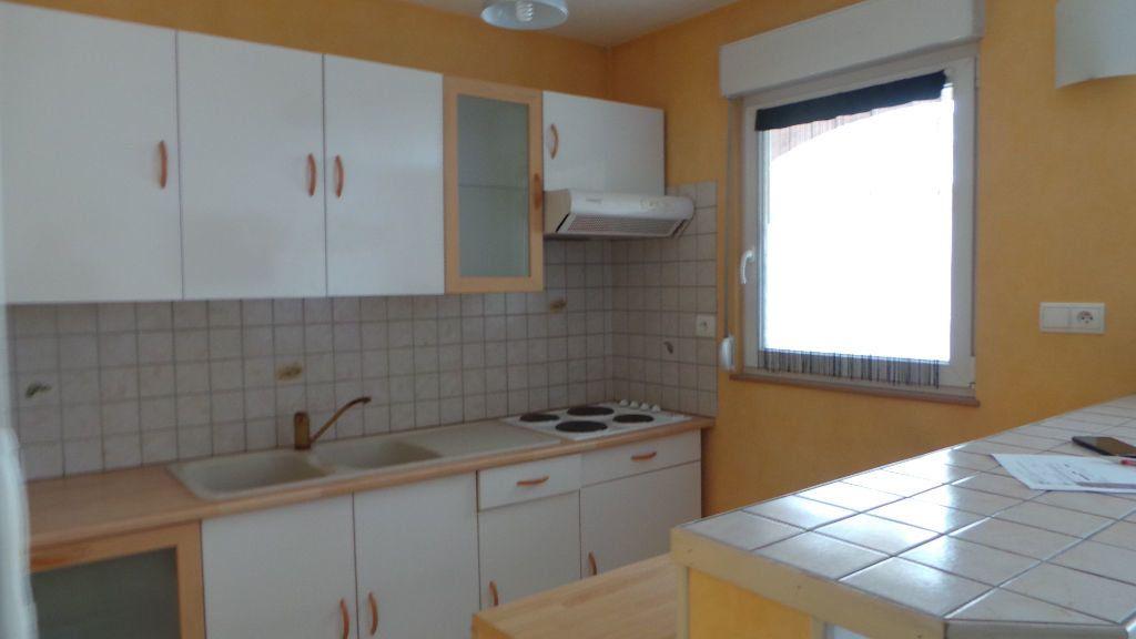 Appartement à louer 1 35m2 à Saint-Dié-des-Vosges vignette-2