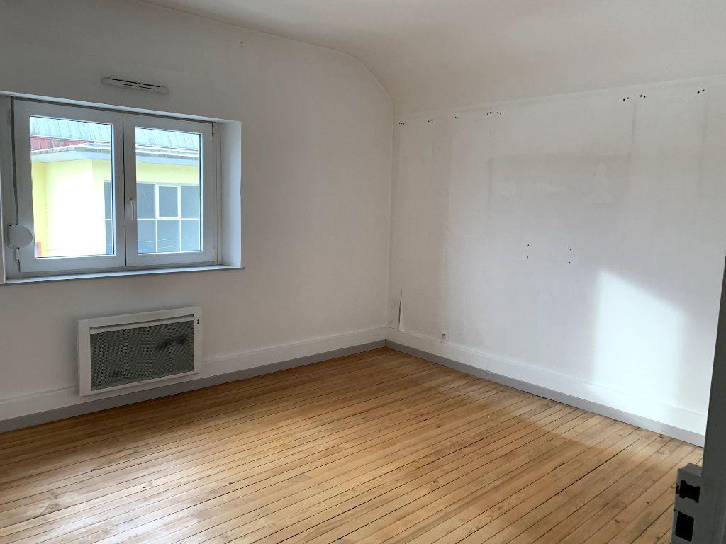 Appartement à vendre 3 63m2 à Saint-Dié-des-Vosges vignette-4