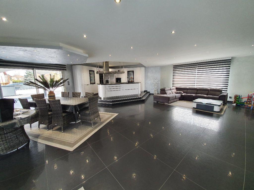 Maison à vendre 5 165.1m2 à Saint-Dié-des-Vosges vignette-5