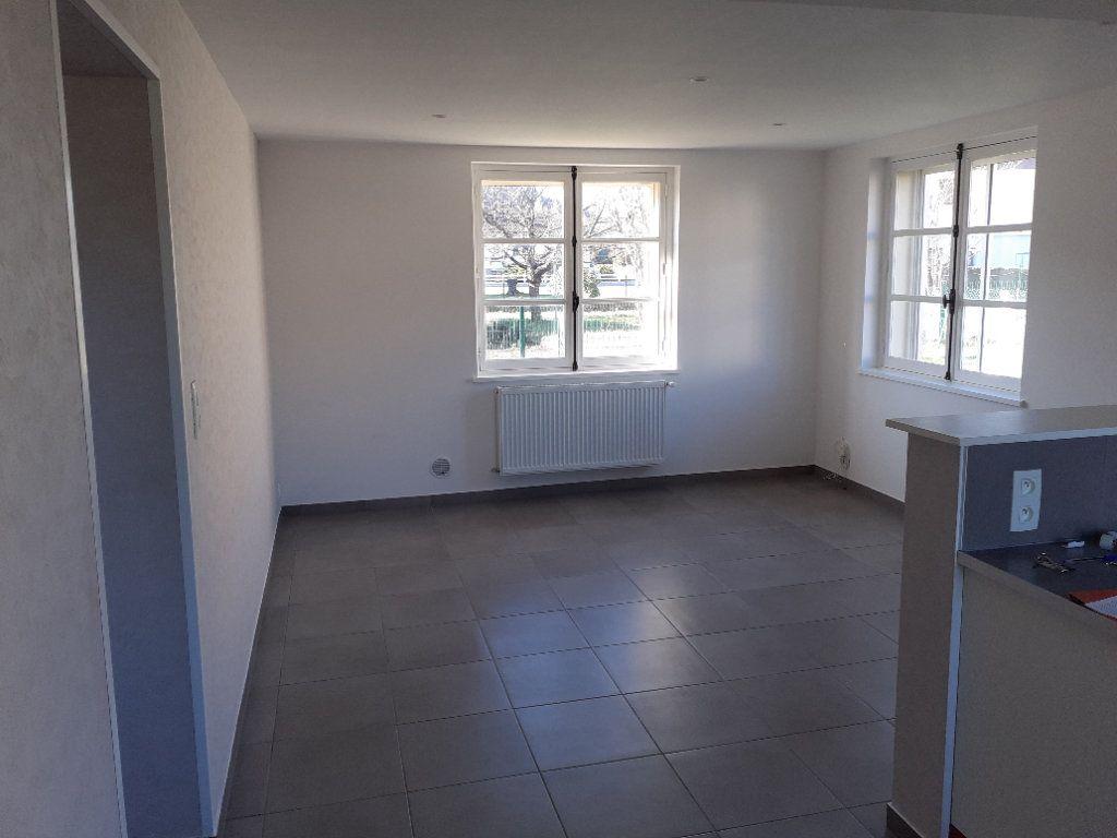 Appartement à vendre 2 50m2 à Saint-Dié-des-Vosges vignette-3