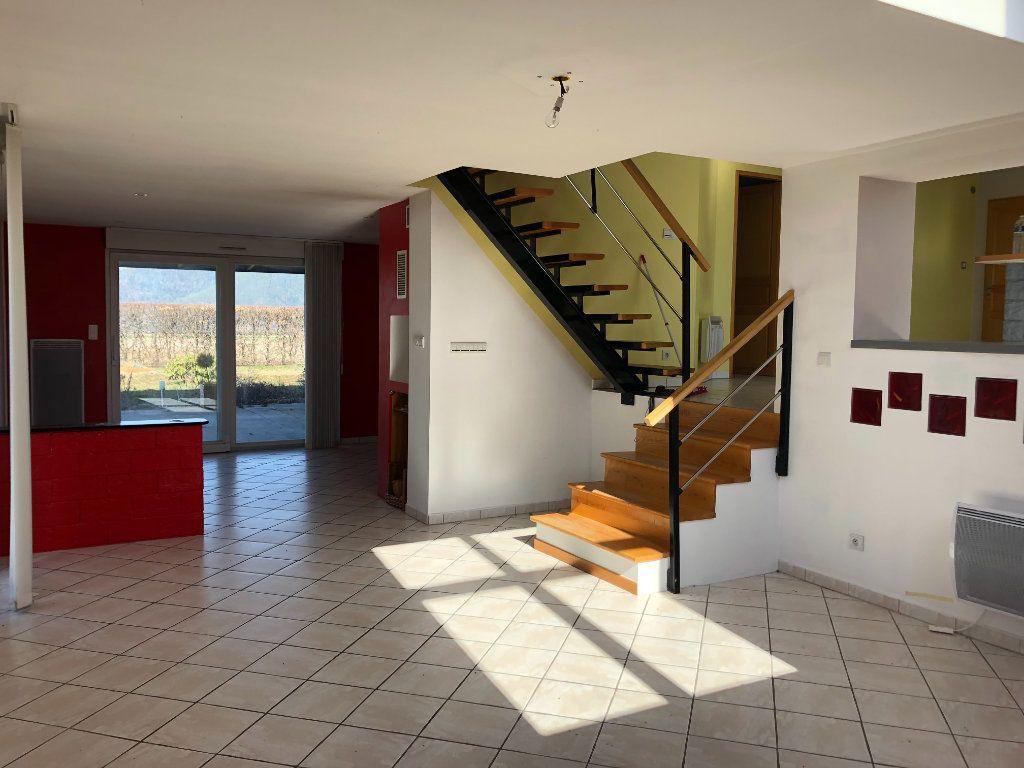 Maison à vendre 5 147m2 à Corcieux vignette-3