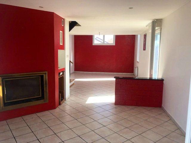Maison à vendre 5 147m2 à Corcieux vignette-4