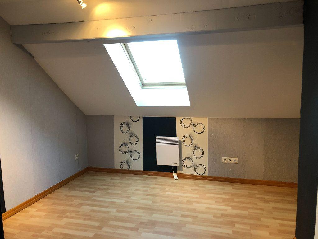 Maison à vendre 5 147m2 à Corcieux vignette-10